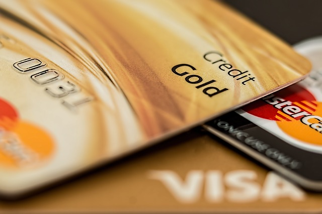 zlatá kreditka.jpg