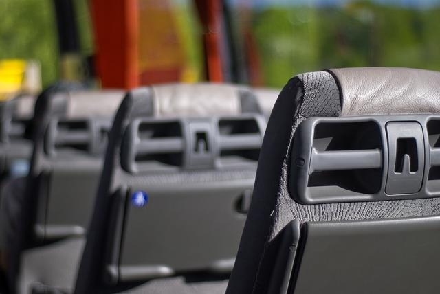 sedadla autobusu